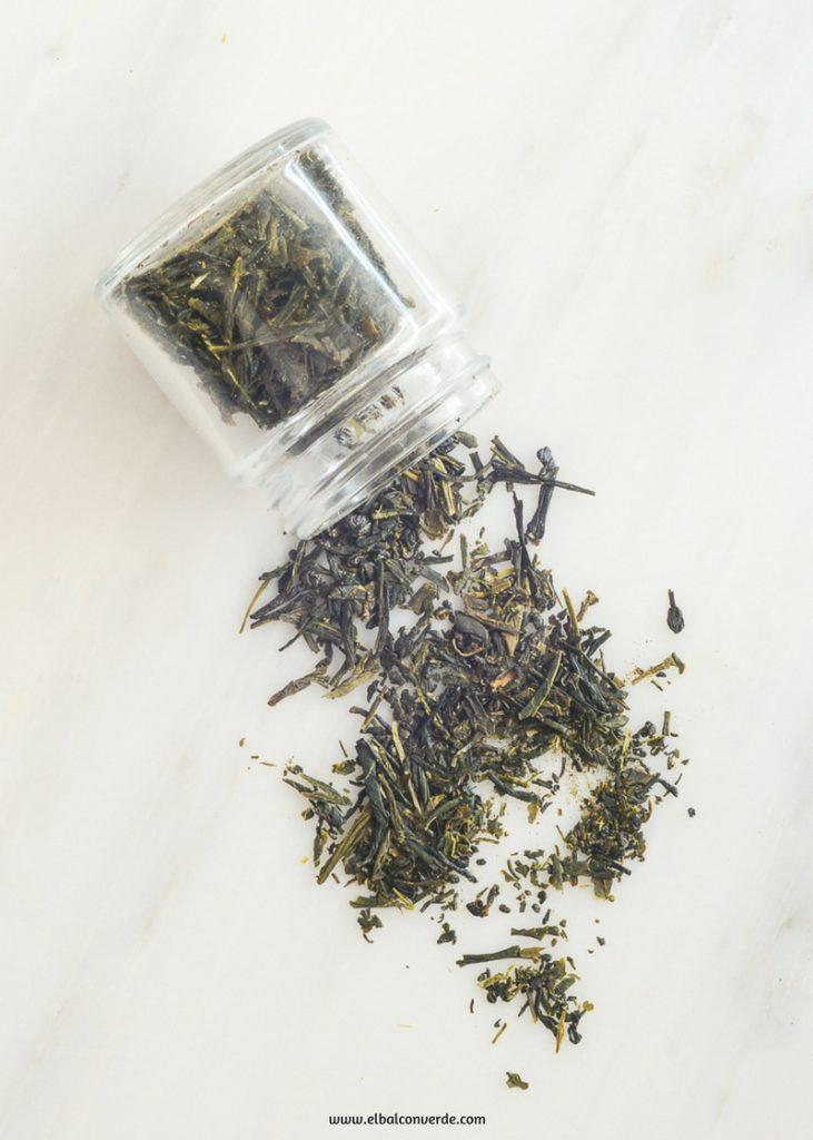 Imagen de receta de bálsamo corporal de aceite coco y té verde